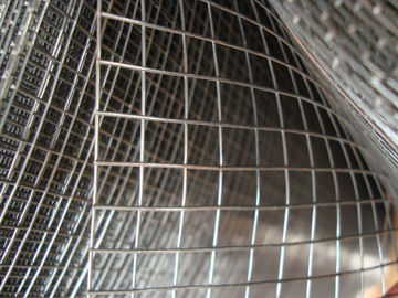 "1/4"" 1/2"" PVC Coated / Galvanised Welded Wire Mesh Panels For Constructing Fence"