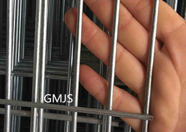 2.0-4.0mm Galvanized Welded Wire Fence Panels For Small Pets Cage